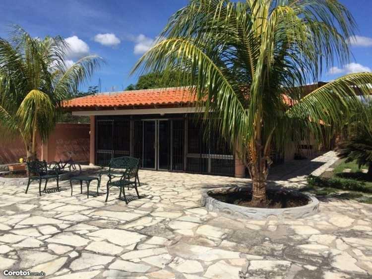 Villa en Matanzas Bani