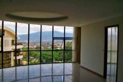 Apartamento con Vista y 2 Habitaciones, Condominio Riverside, Escazu