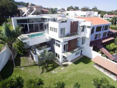 Villa María - casa con vista espectacular Escazu (Guachipelin)