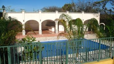 RENT-A-HOUSE Vende Casa en Guachipelin