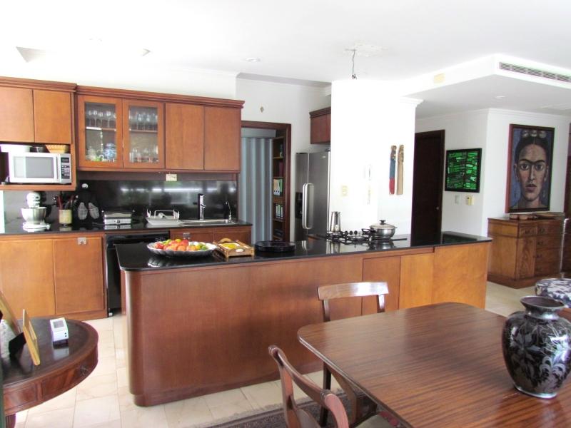 Apartamento en Venta Por La Paco en Escazú #7763