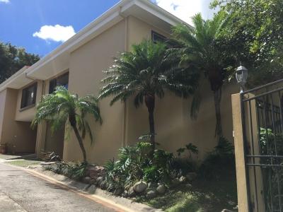RAH Vende Casa 3 Habitaciones en Escazu