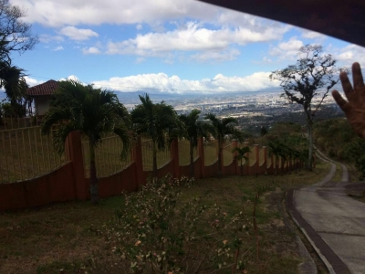 GRAN OPORTUNIDAD DOS LOTES SAN ANTONIO DE ESCAZU