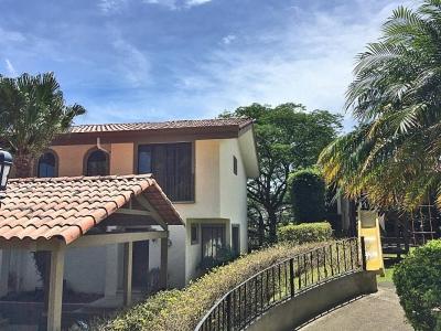 US$175000! Casa en Condominio, Guachipelin, Escazu