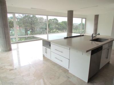 Apartamento Exclusivo en Alquiler en Escazú #8684