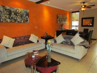 Condominio y Remodelada Recientemente en Escazú.ID 9478