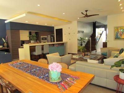 Casa en Escazú / Contemporánea, Condominio Familiar #8456