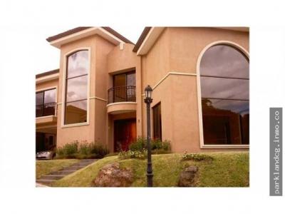 Casa en alquiler en Escazu, Guachipelin,   560365