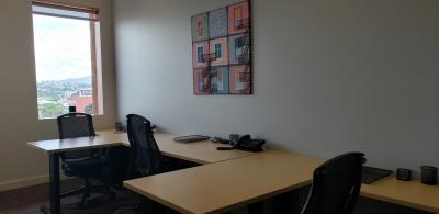 CityMax Renta Moderna Oficina Amueblada en Escazu San Jose