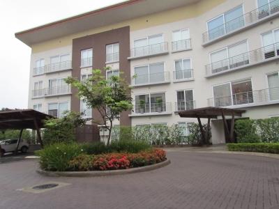 Venta Apartamento Distrito 4, Escazu, 3H, 4B, 2P, ID 8093