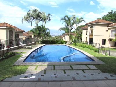 Casa en Escazú / Condo Exclusivo, Ubicación excelente, piscina #9709