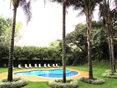 Penthouse en Escazú / Vistas, Piscina, Ubicación #7075