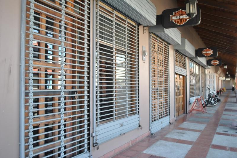 CITYMAX RENTA LOCAL DE 495MTS EN 3 PISOS EN ESCAZU