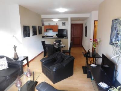 Apartamento en Escazú / Oportunidad de inversion, Full Amueblado #10105