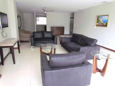 Apartamento en Escazú / Lujoso, Amueblado, Vista #10112