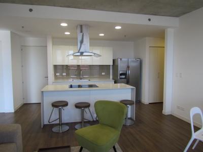 Apartamento Amueblado de 2 Dormitorios en Escazu Village