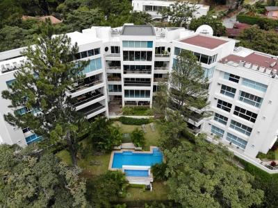 Exclusivo Apartamento en Escazu con Geniales Áreas Sociales
