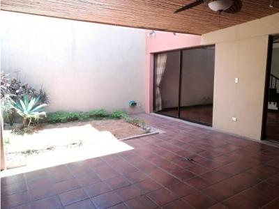 Casa en alquiler en Escazú, Guachipelín 1106451