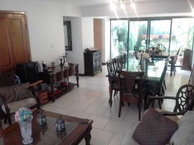 Casa en alquiler en Trejos Montealegre