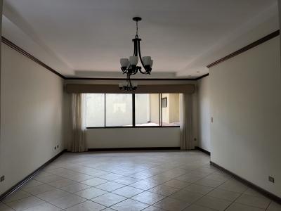 Alquiler de Apartamento en San Rafael de Escazu, San Jose.