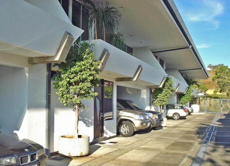 Alquiler de Casa con Vista Espectacular, Condominio Macerata, Escazu