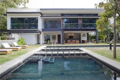 CityMax vende exclusivo apartamento en condominio en Escazu.