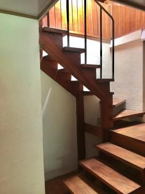 Casa en Alquiler, San Rafael Escazu (habitacional u ofcina)