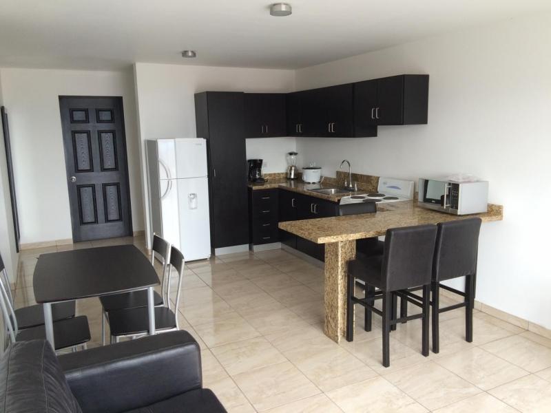 Apartamento amueblado en alquiler en San Antonio, Escazú