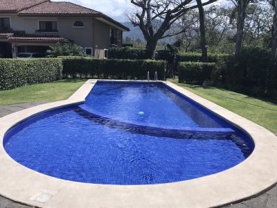 VENTA DE CASA EN CONDOMINIO - LINDORA