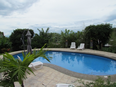 Casa en Alto de las Palomas, Santa Ana 4H, Piscina, en Venta.ID 8410