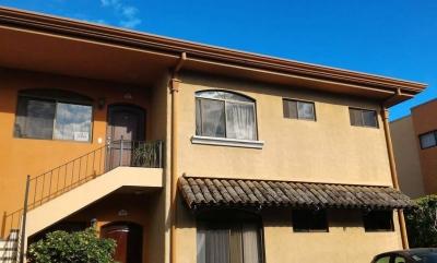 Condominio en Oferta en Santa Ana Brasil de Mora
