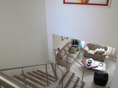 Casa en Condominio en Santa Ana,  3H, con Amenidades. ID 9444