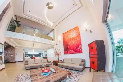 Casa, 3H, Contemporanea en Condominio en  Santa Ana. ID 9361