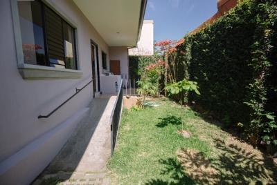 Oferta casa 1 planta 2 hab y sala tv garaje 2 condominio seg 24/7 piscina
