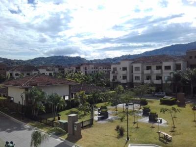 Apartamento en alquiler en Montesol, Santa Ana