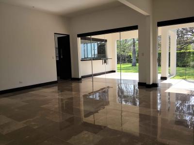 CityMax Renta Exclusiva Casa en La Hacienda, Santa Ana