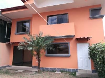 Casa en alquiler en Santa Ana, Pozos. 1132639