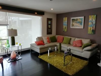 CityMax vende Apartamento en condominio en Santa Ana!