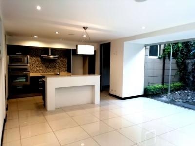 CityMax vende casa en Condominio muy seguro y familiar, super comunicado con la 27