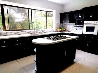 CityMax vende bella casa en Santa Ana  Residencial Exclusivo