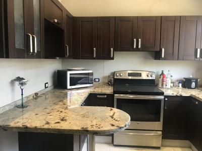 Apartamento Amueblado en la Uruca 2 habitaciones para renta o venta