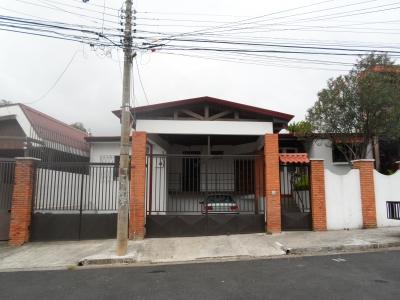 Excelente Apartamento en Alquiler en Moravia MLS 17-1085
