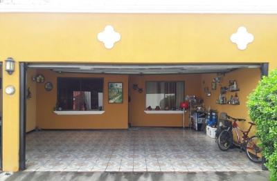 """Casa en venta condominio Moravia """"precio negociable"""""""