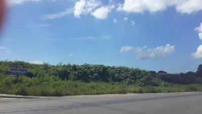 SOLAR INDUSTRIAL EN AVENIDA LA REFINERIA - HAINA