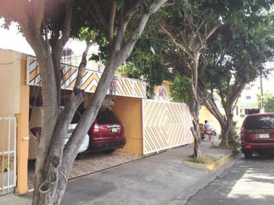 Casa en Ensancha Ozama