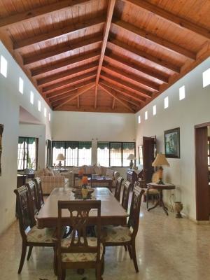 Casa Amplia y Confortable en Vista Hemosa
