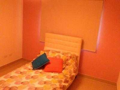 Cómodo Apartamento en Venta en Urb. Alma Rosa. Operación de Contado.