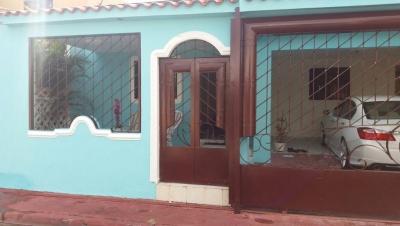 Hermosa Casa en Venta en Alma Rosa I a 3min de la carretera Mella, 3hab
