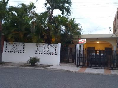 Vendo Casa en Los Trinitarios II, RD$3,050,000