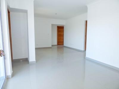 Hermoso y Amplio Apartamento en Prado Oriental